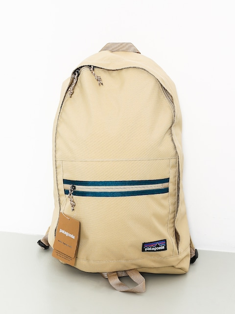 Patagonia Backpack Arbor Day Pack 20L (el cap khaki)