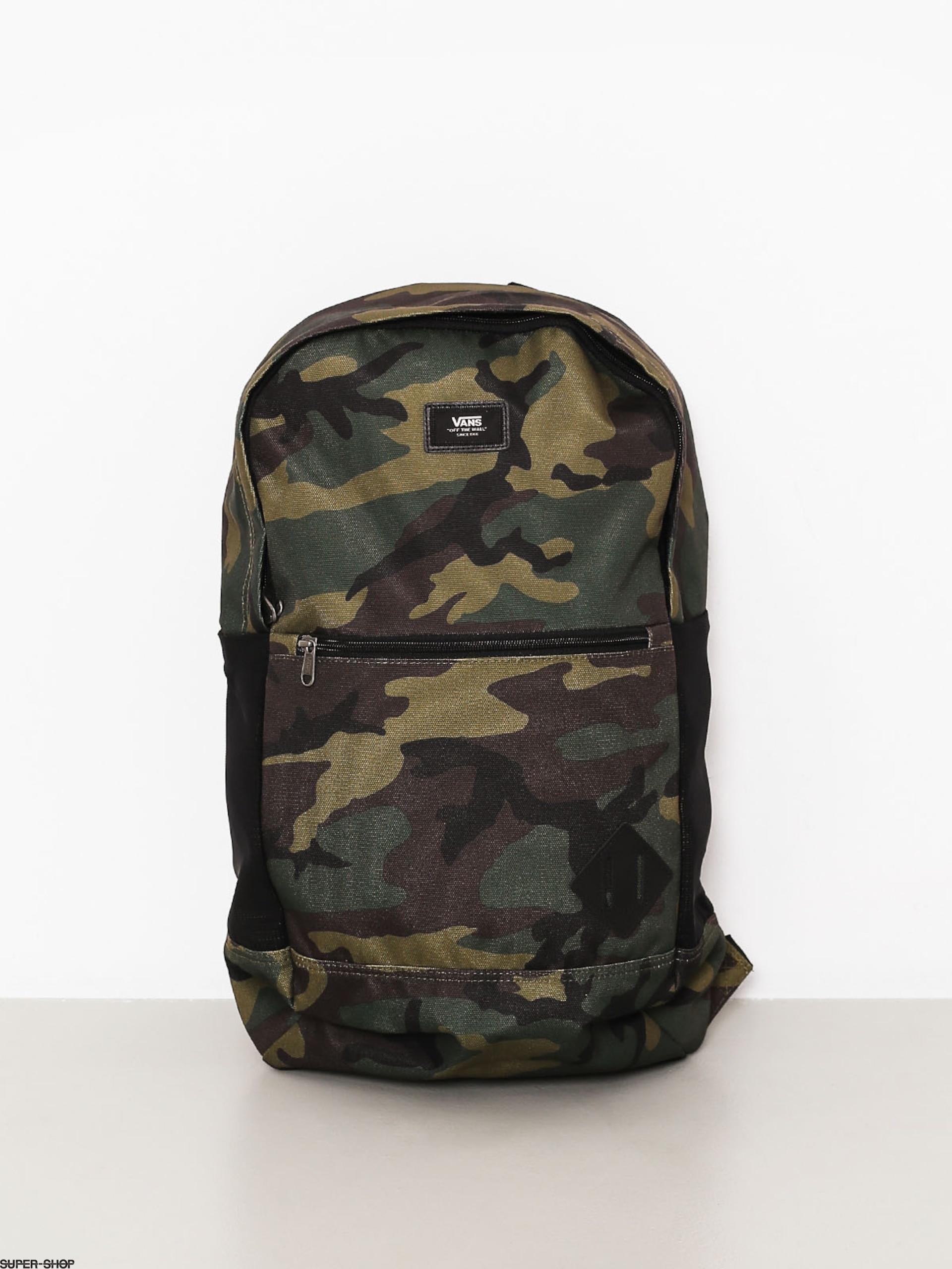 1010295-w1920-vans-backpack-van-doren-iii-classic-camo.jpg 4babf443936