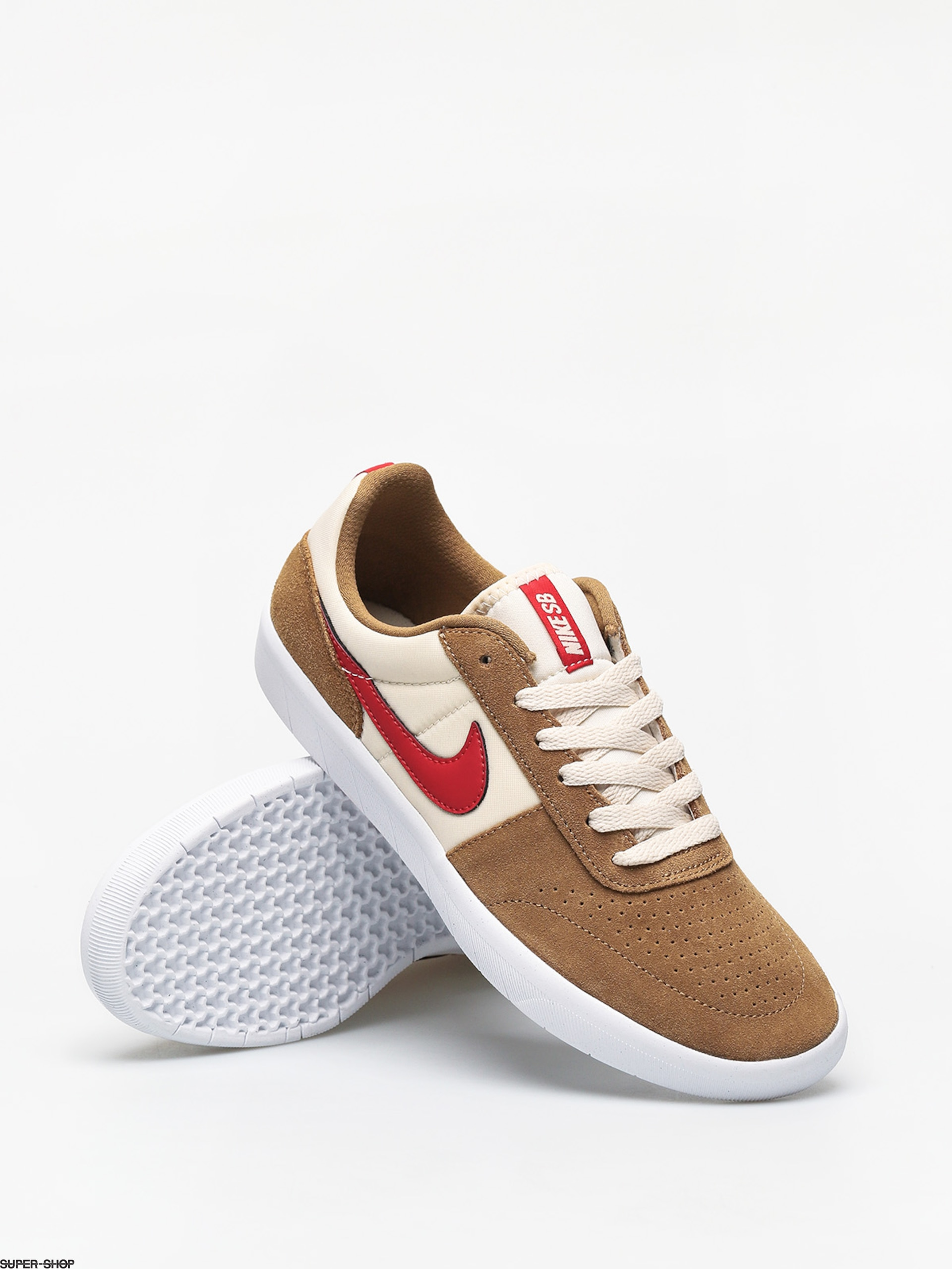 Nike SB Team Classic Shoes (golden beige/university red light cream)