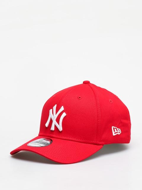 New Era 3930 League Basic New York Yankees ZD Cap (scarlet/optic white)