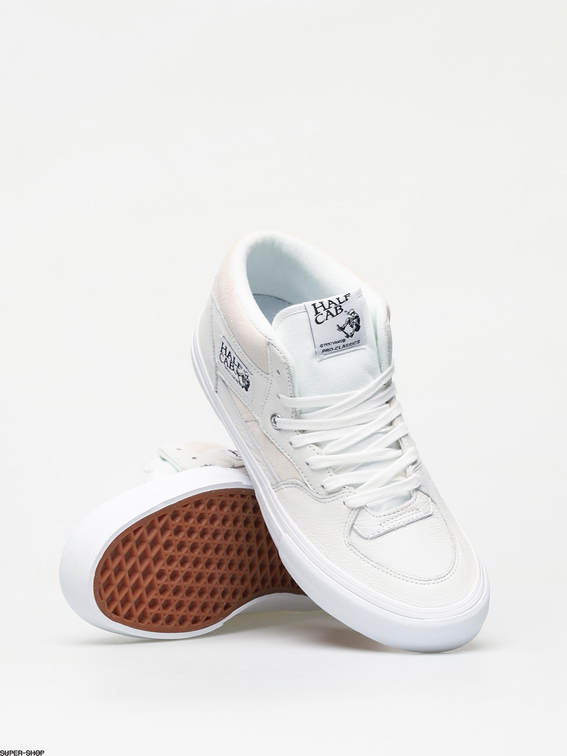 Vans Half Cab Pro Shoes (leather/white)