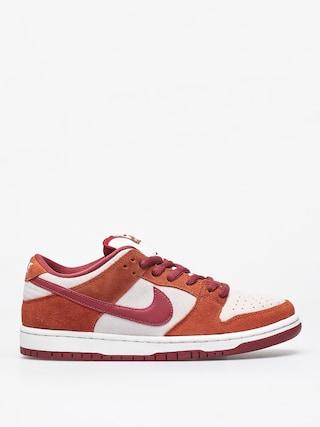 Nike SB Dunk Low Pro Shoes (dark russet/cedar summit white)