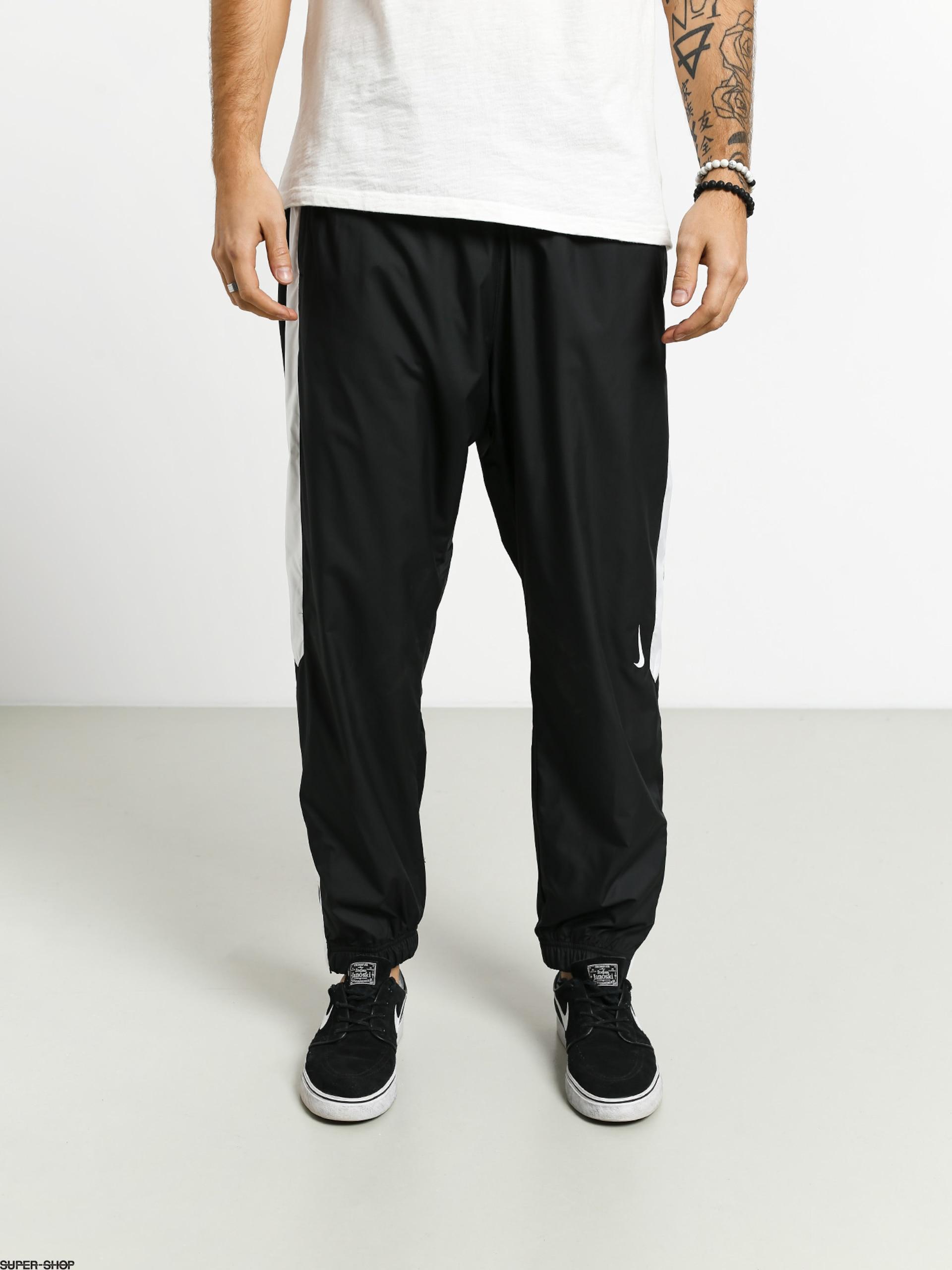 actividad Conversacional laringe  Nike SB Shield Trck Pnt Swoosh Pants (black/white/white)