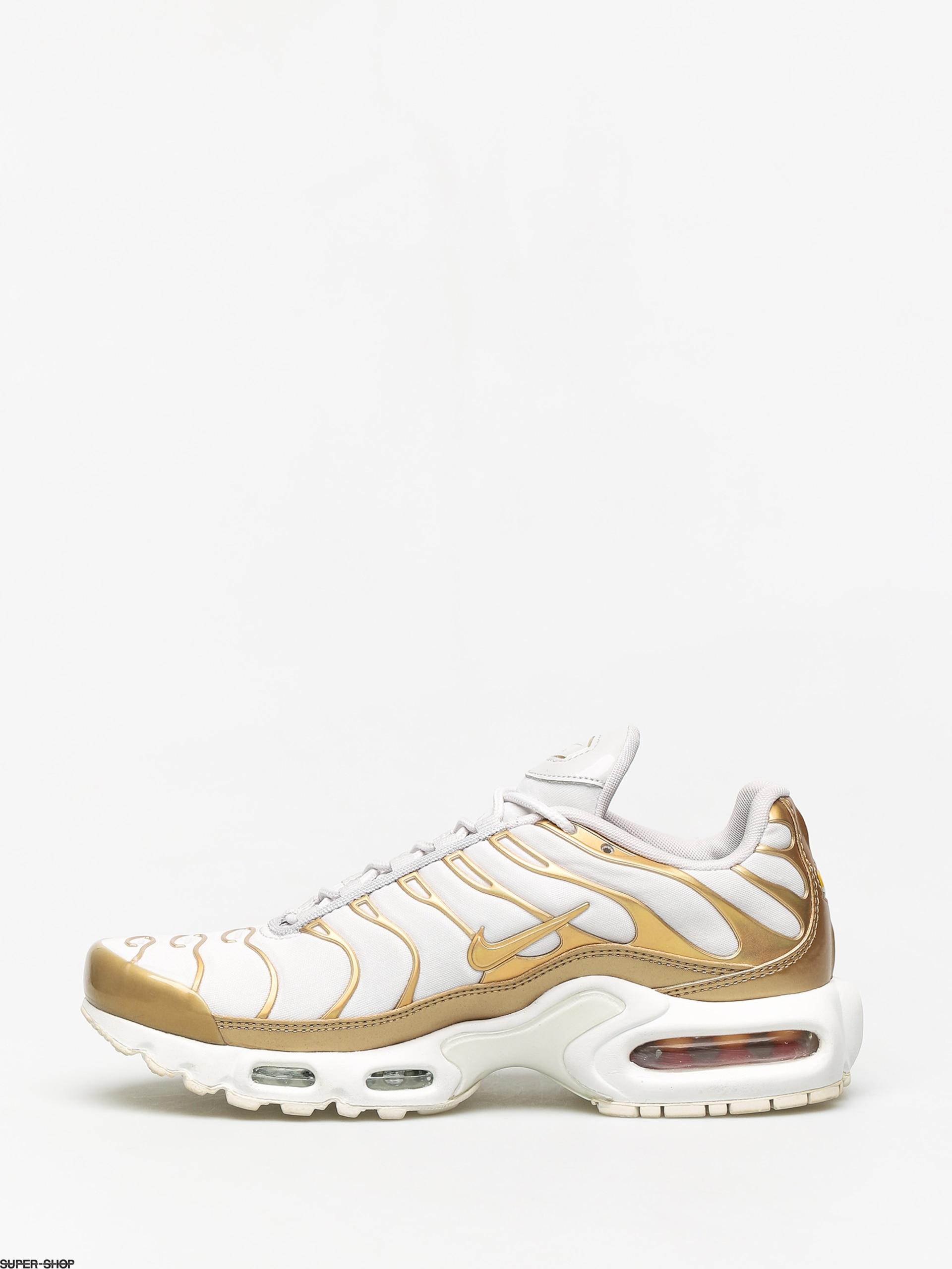 air max plus gold