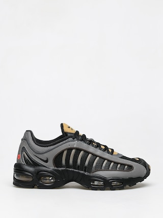 Nike Air Max Tailwind IV Shoes (black/black mtlc pewter metallic gold)
