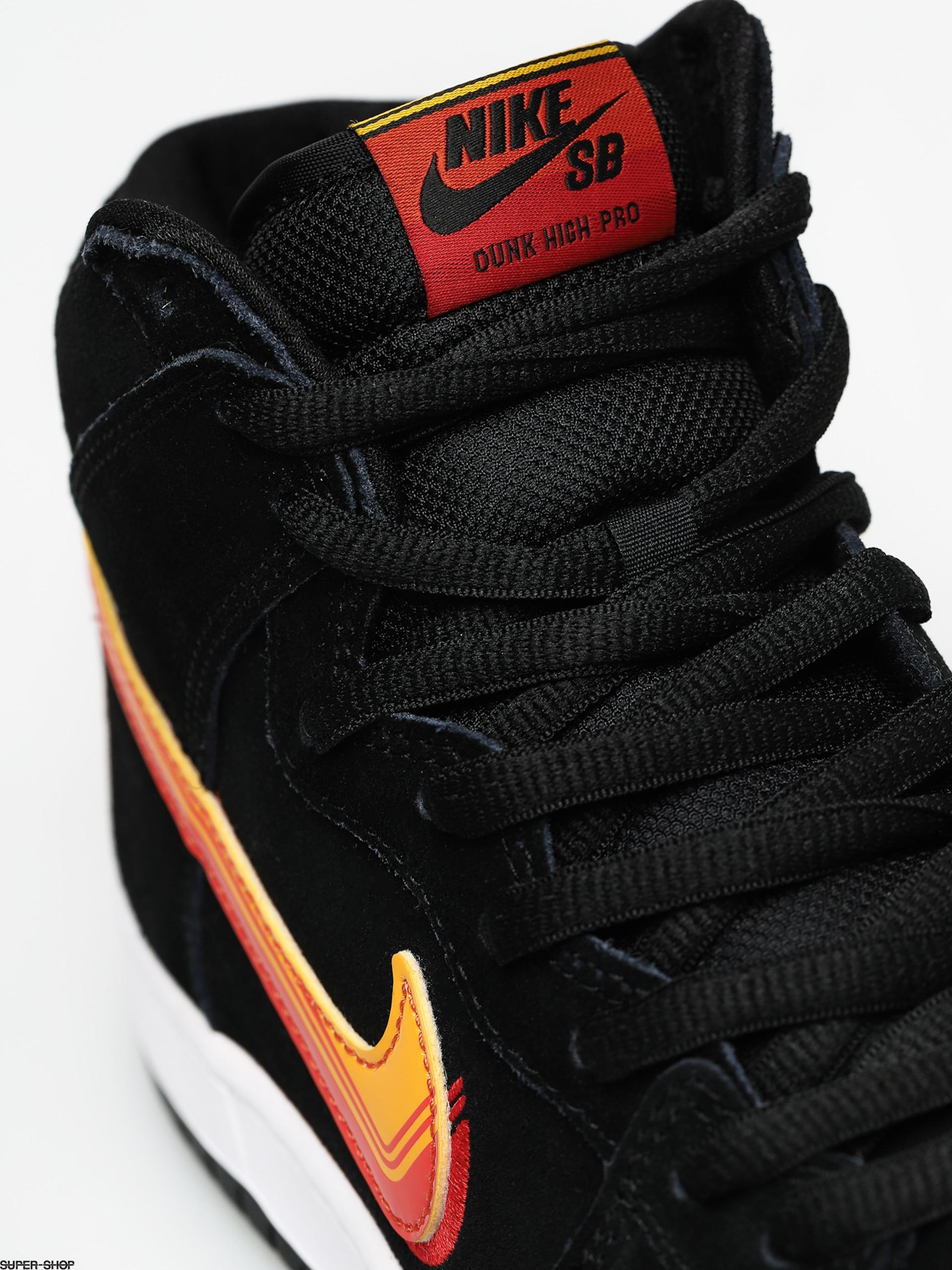 Team Gold & Black & White Nike Free