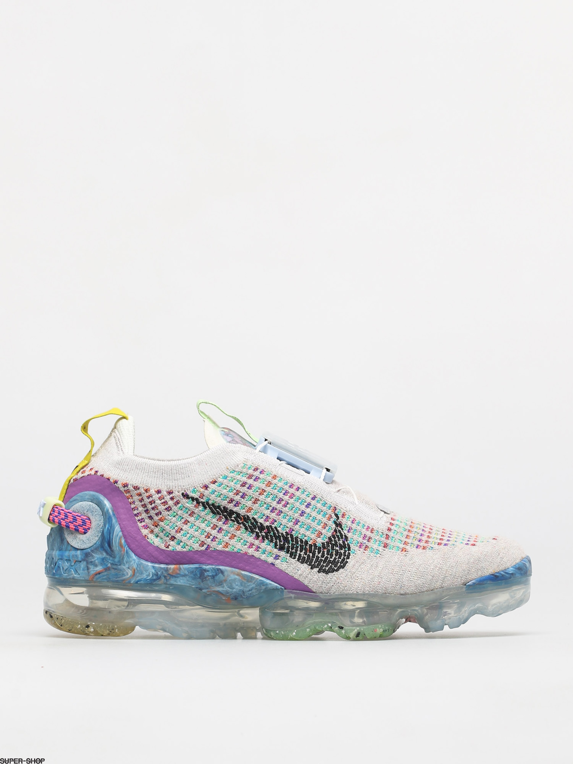 Wmns Air VaporMax Flyknit 2 Rust Pink shoegame in 2020