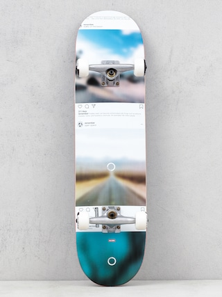 Globe G2 Sprawl Skateboard (disappearing trees)