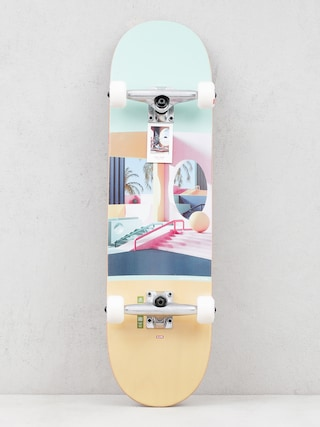 Globe G2 Tarka Skateboard (plaza)