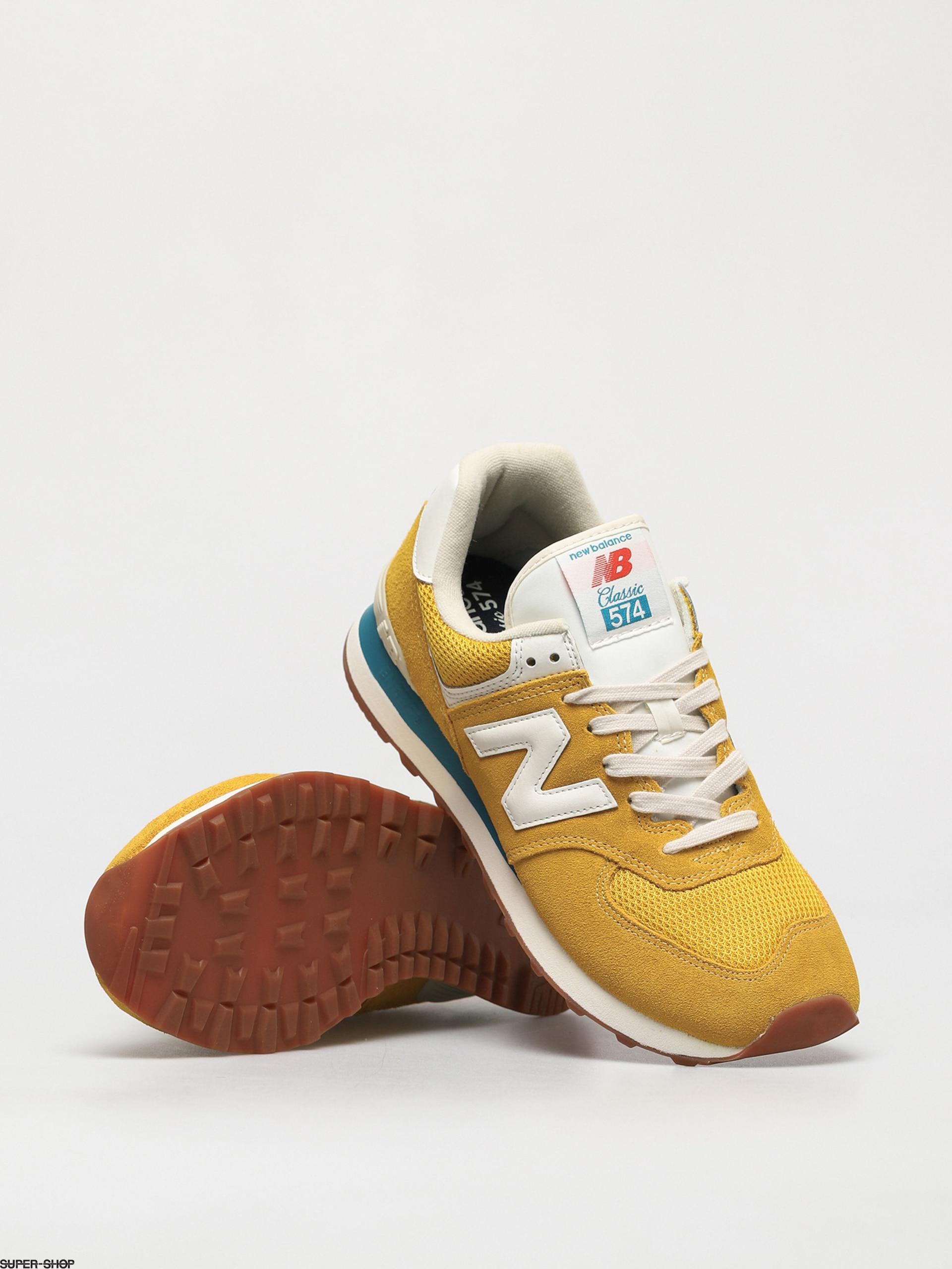 New Balance 574 Shoes (varsity gold)
