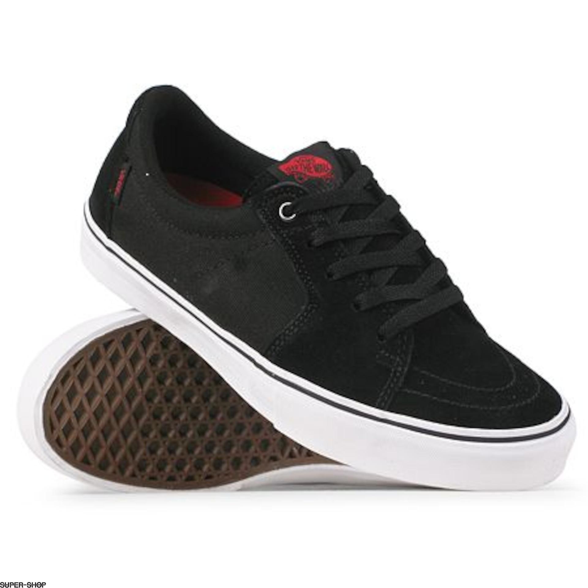 Vans Shoes AV SK8-LOW (black)