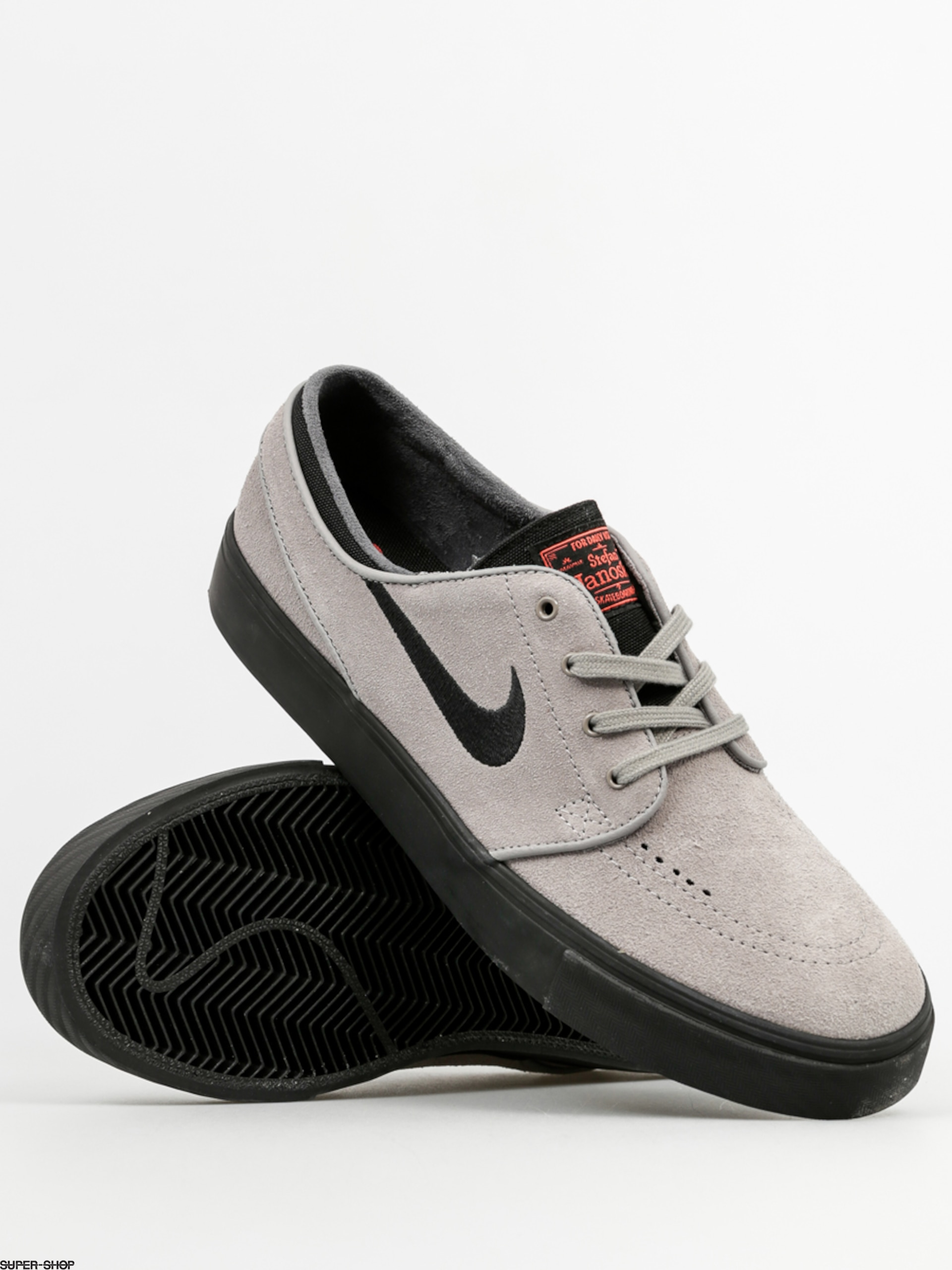 quality design 3d431 a80d3 Nike SB Shoes Zoom Stefan Janoski (dust black ember glow white)