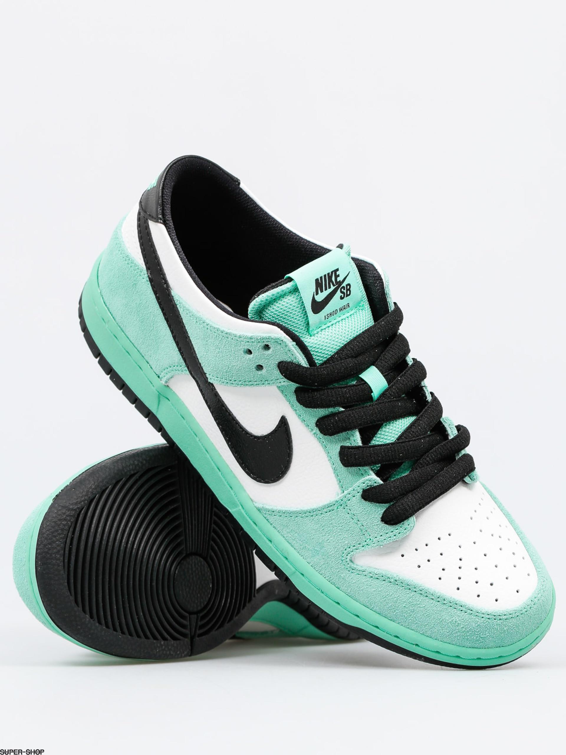 best service 21723 e8697 Nike SB Shoes Dunk Low Pro Iw (green glow black summit white)