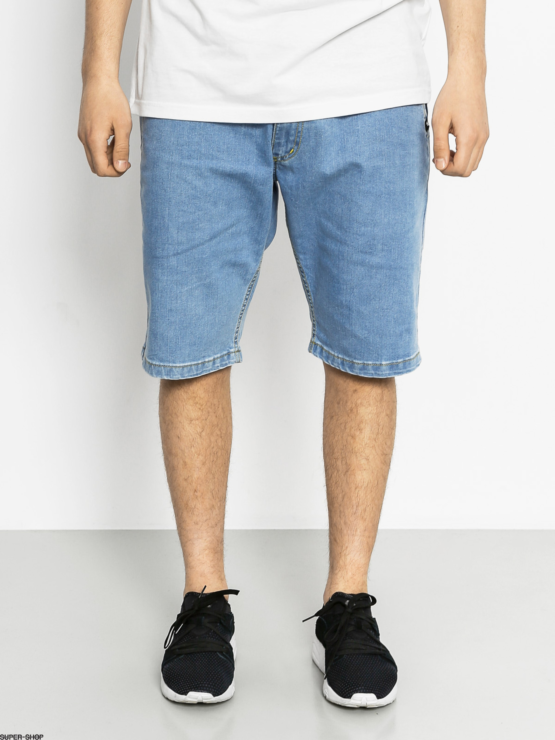 Nervous Shorts Jeans (light blue)