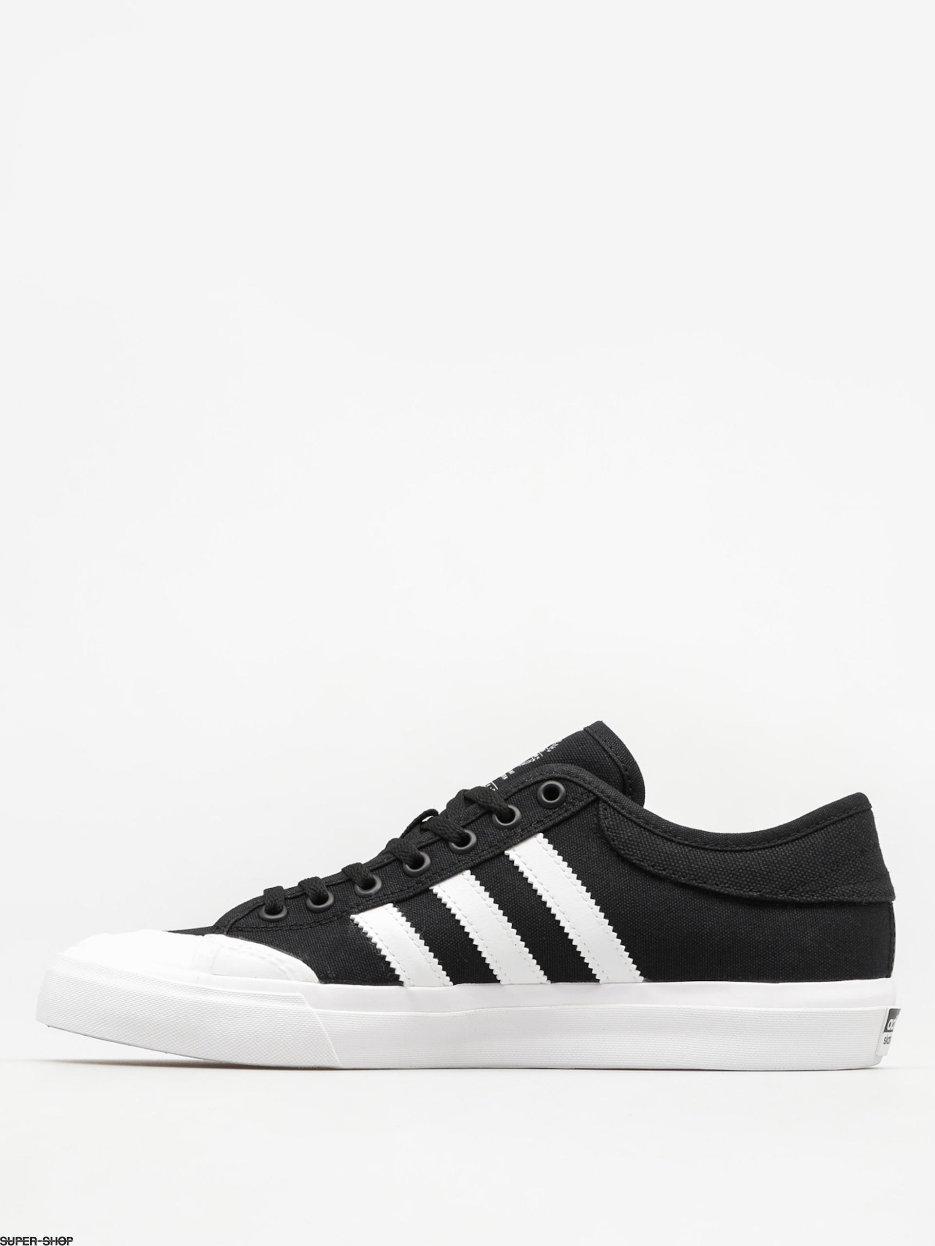 adidas Schuhe Matchcourt (core blackftwr whitecore black)