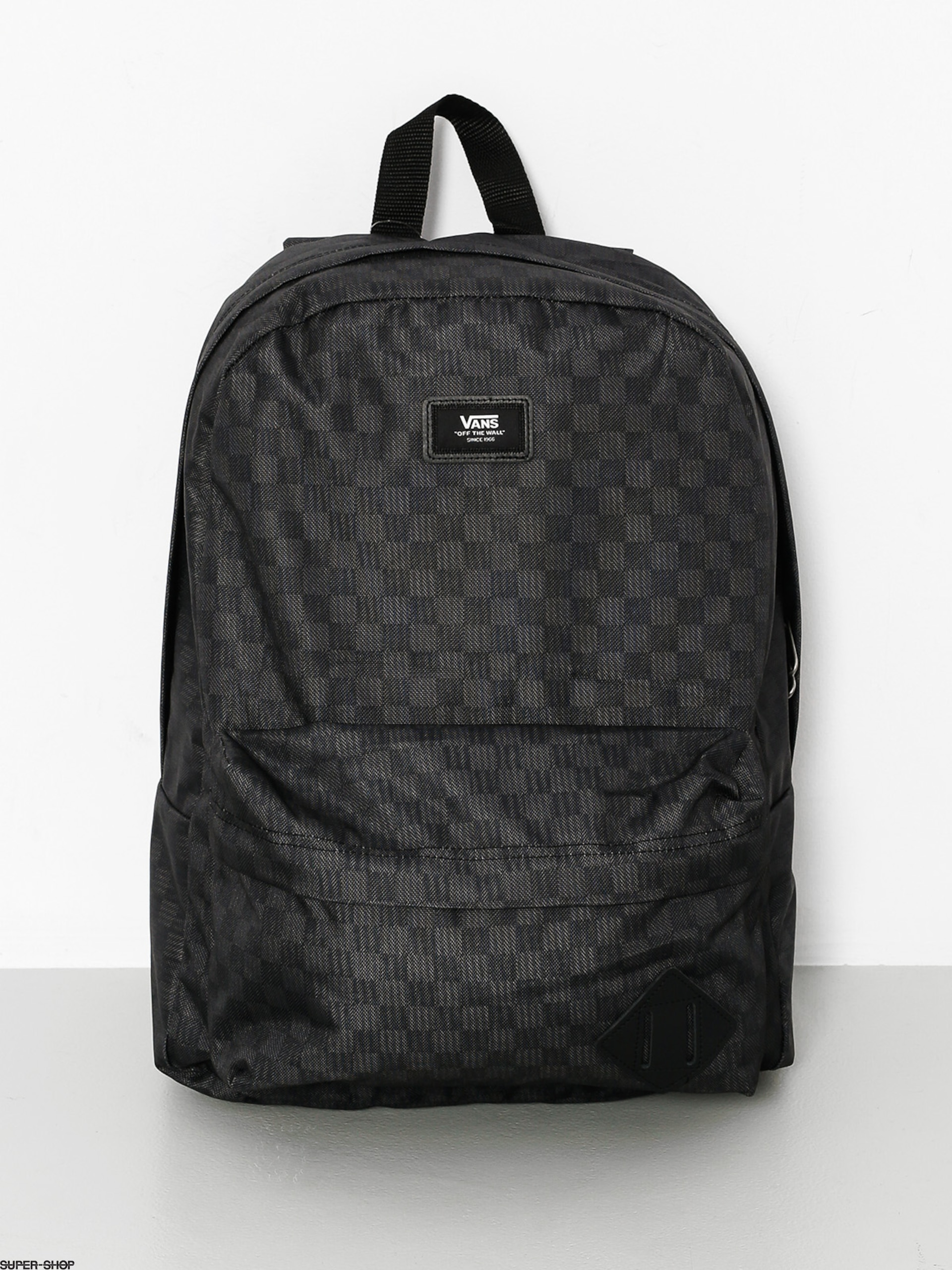 4cfcee6f40e 869254-w1920-vans-backpack-old-skool-ii-blk-chr.jpg