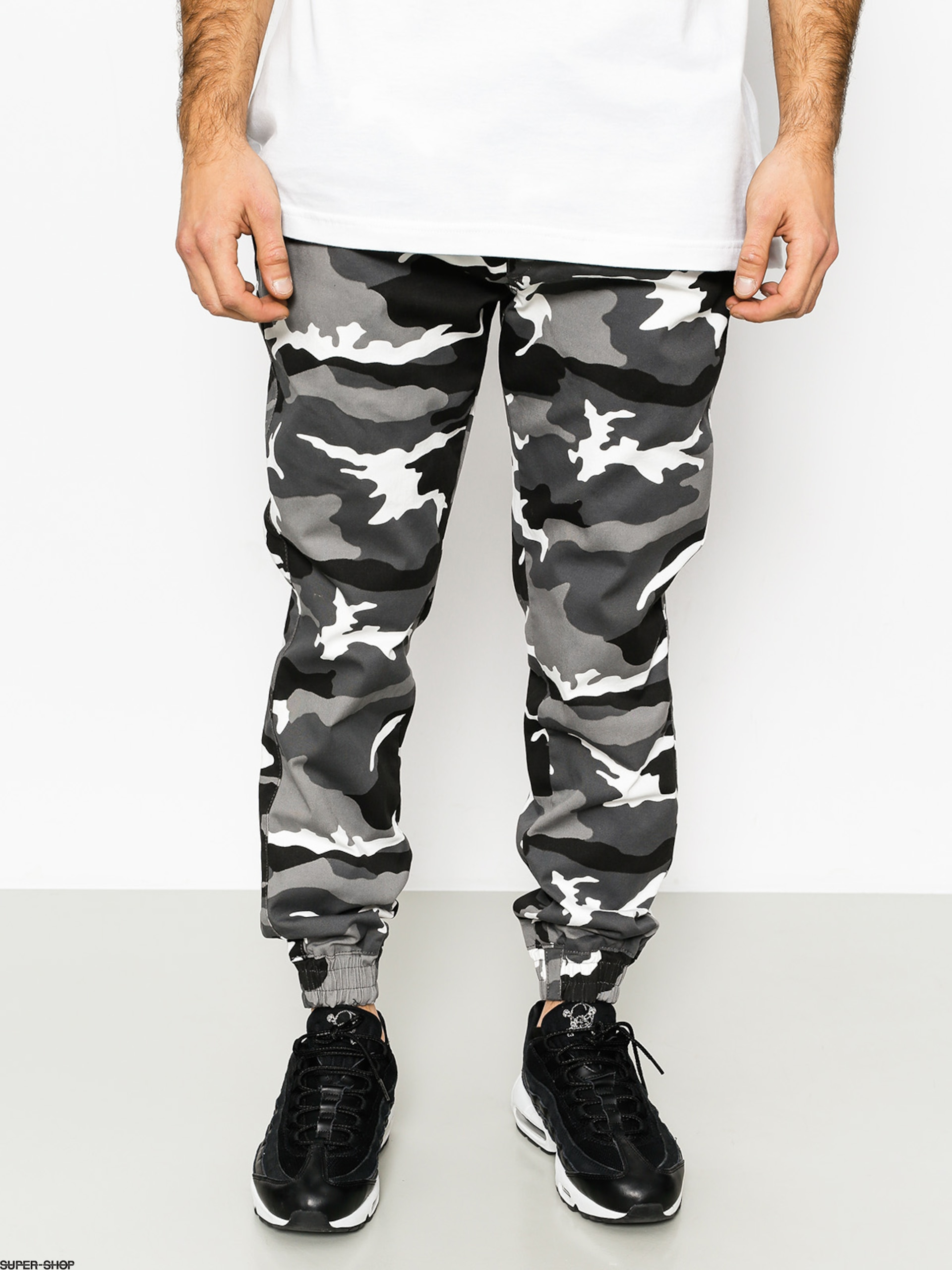 Diamante Wear Pants Rm Classic Jogger (black/white/camo)