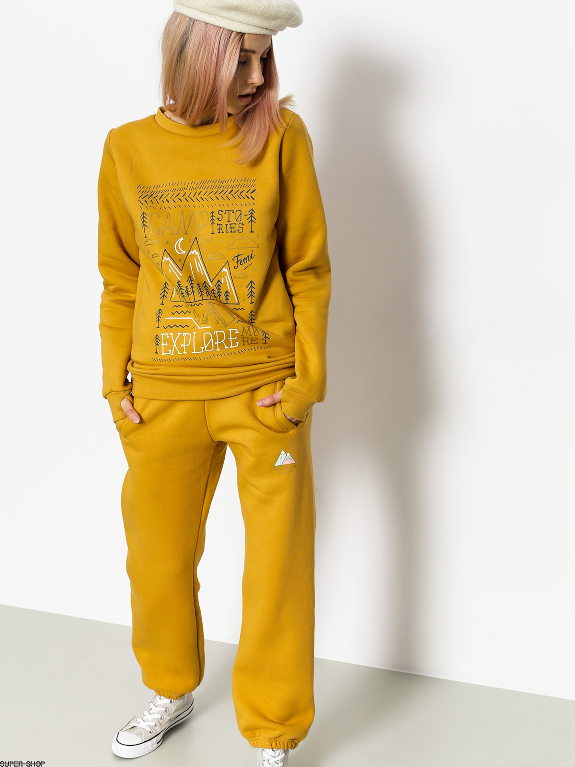 Femi Stories Sweatshirt Explore Wmn