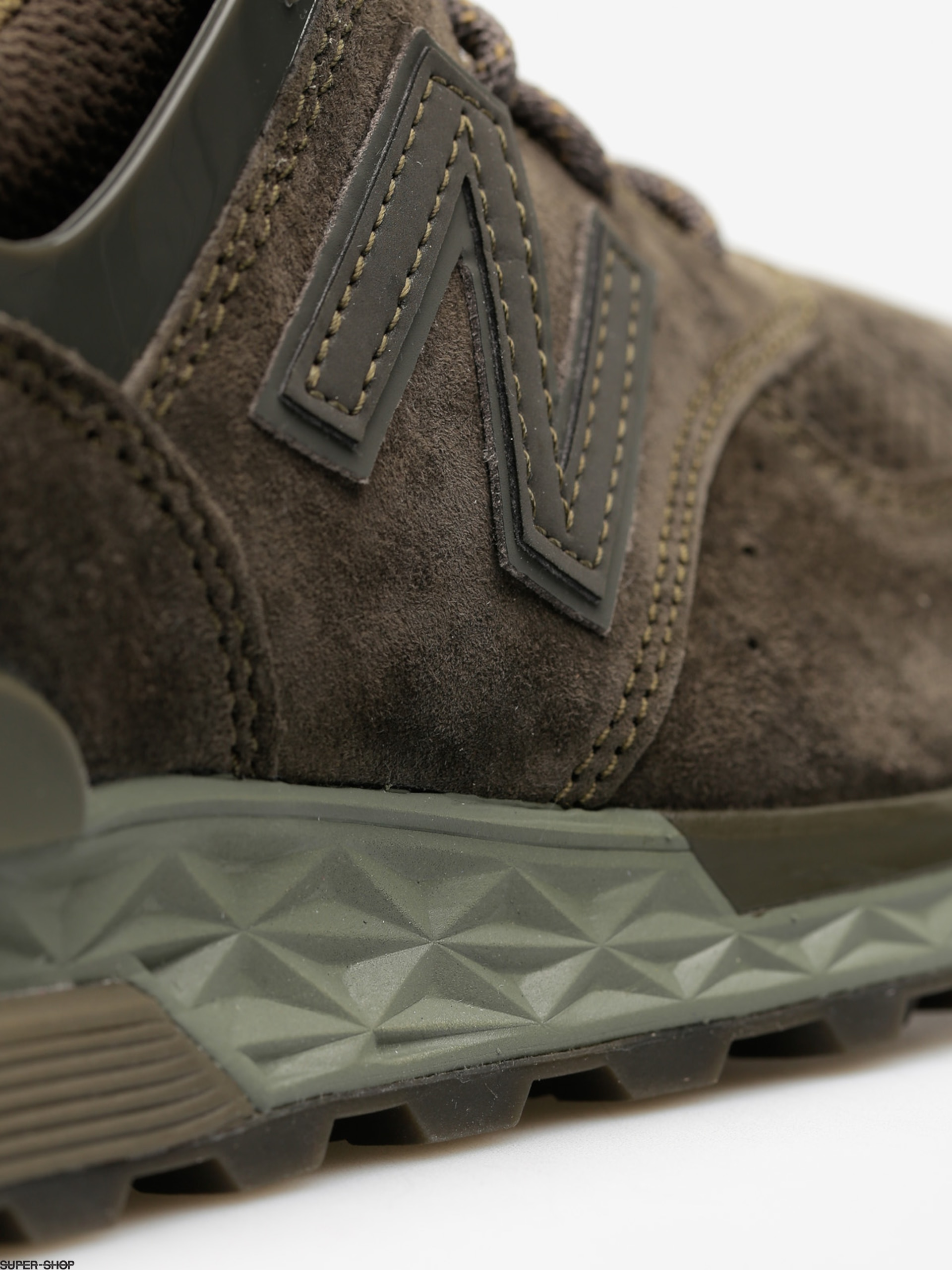 buy popular f8524 344a9 New Balance Shoes 574 (olive green)
