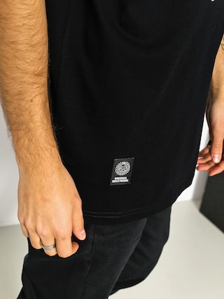 MassDnm T-shirt Base (black)