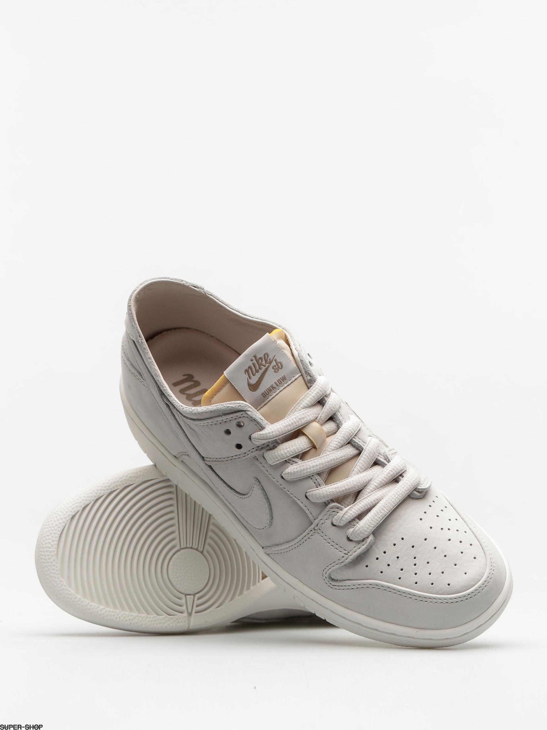 63a429bdc81a Nike SB Shoes Zoom Dunk Low Pro Deconstructed (light bone light bone summit  white khaki)