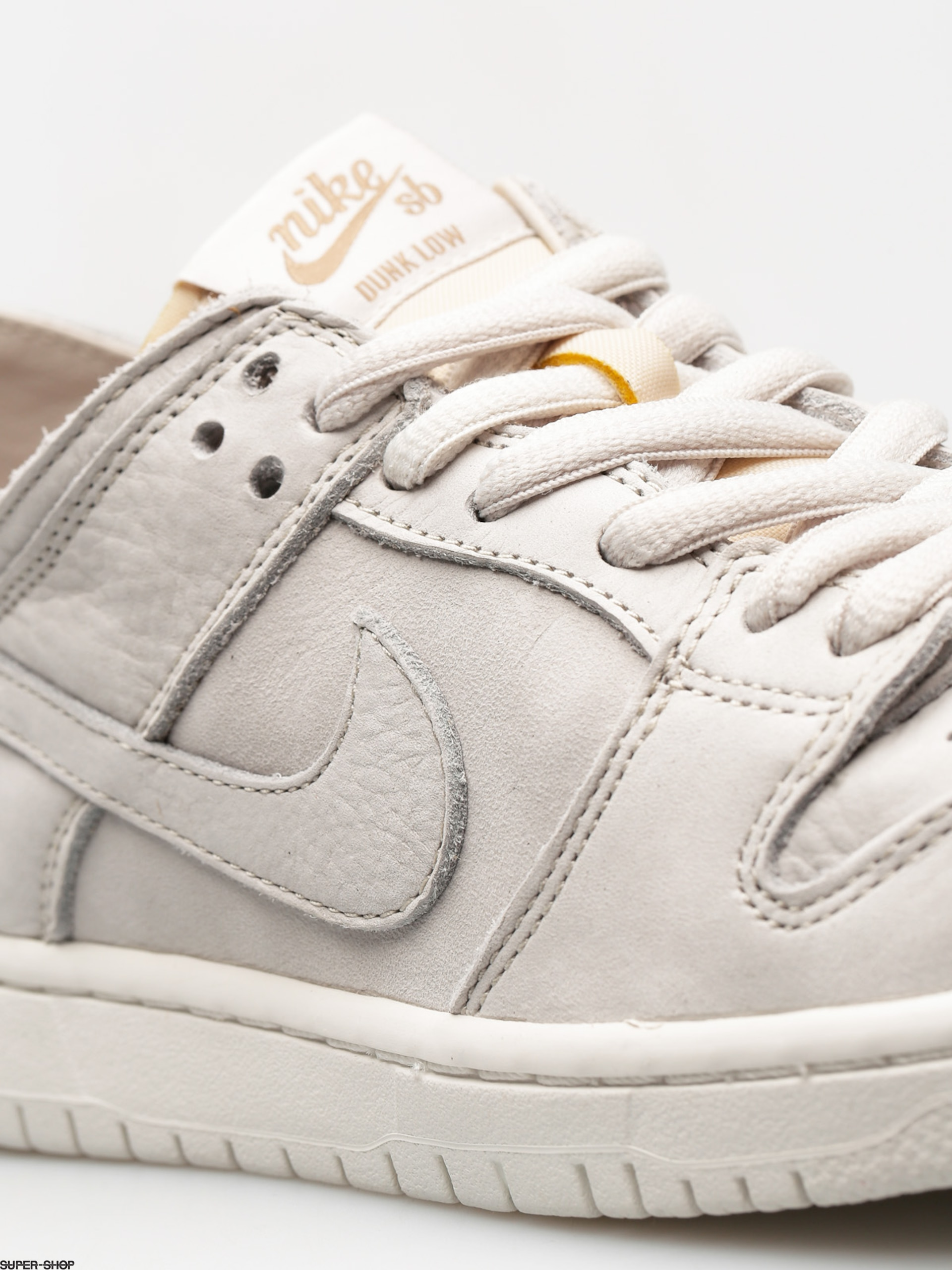 big sale 711c6 7e121 Nike SB Shoes Zoom Dunk Low Pro Deconstructed (light bone/light bone summit  white khaki)