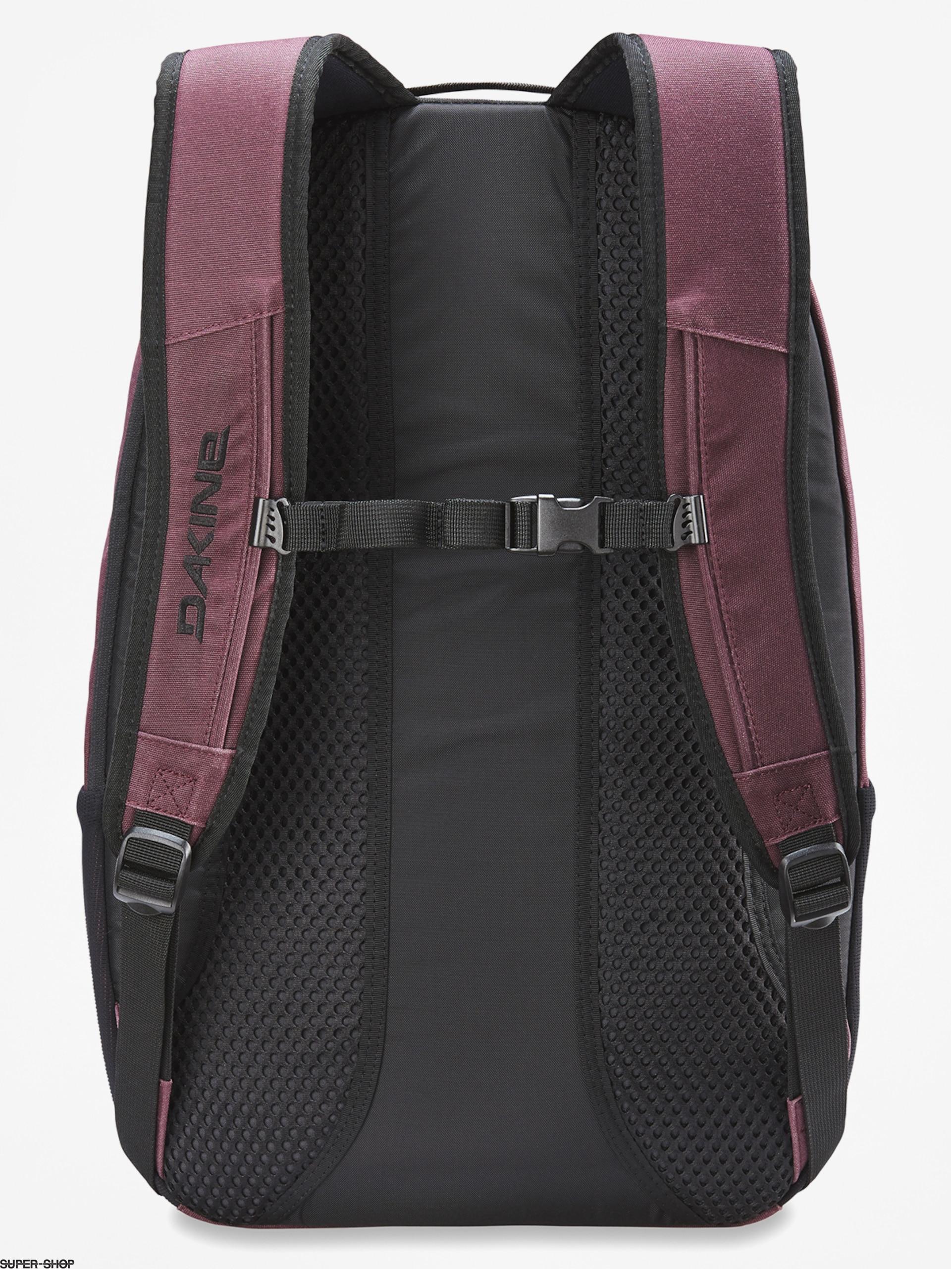 Black Dakine Campus DLX Backpack 33L