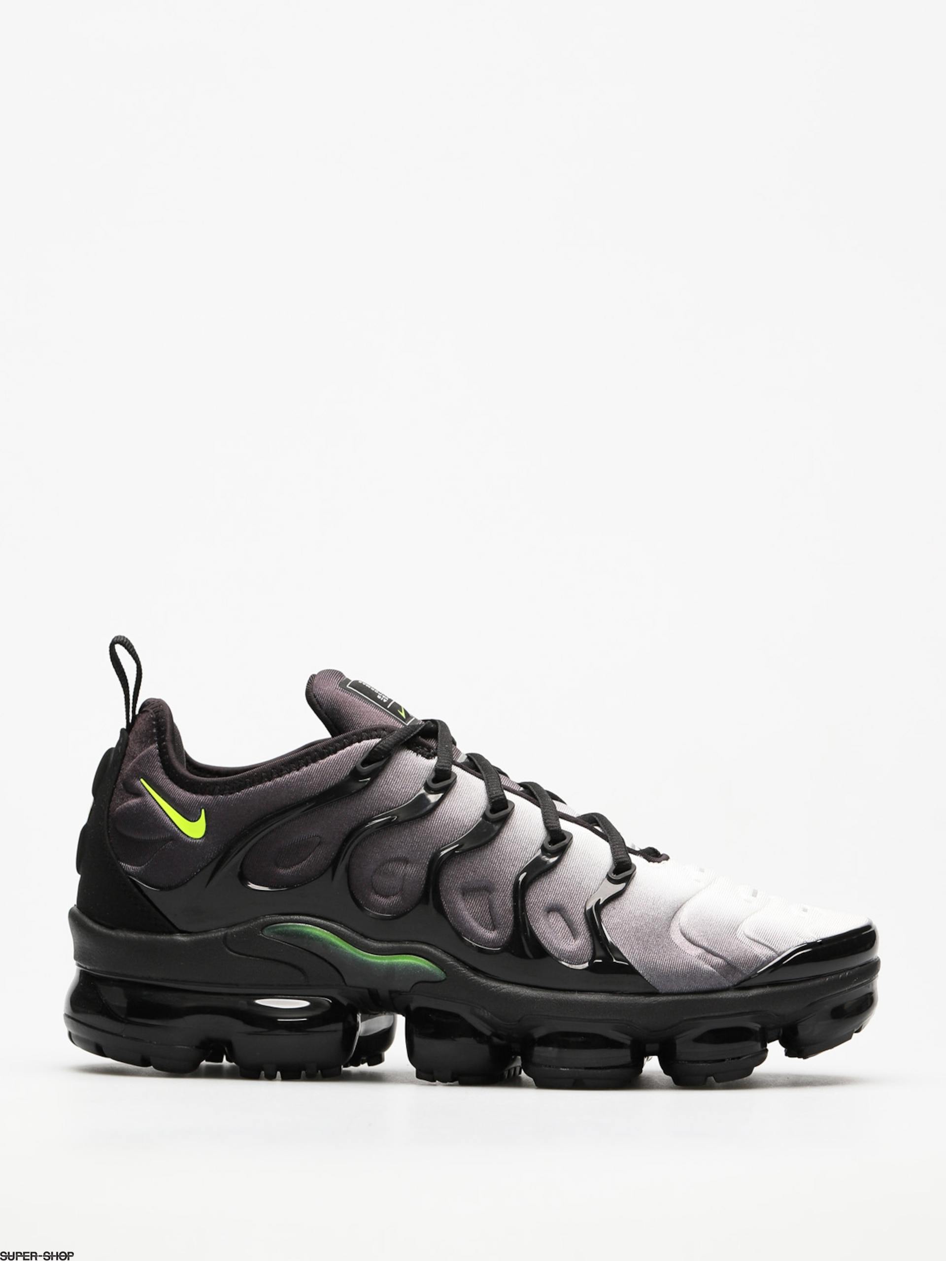Nike Shoes Air Vapormax Plus (black/volt white)