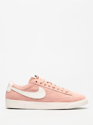 Nike Shoes Blazer Low Wmn (coral stardust/sail sail)