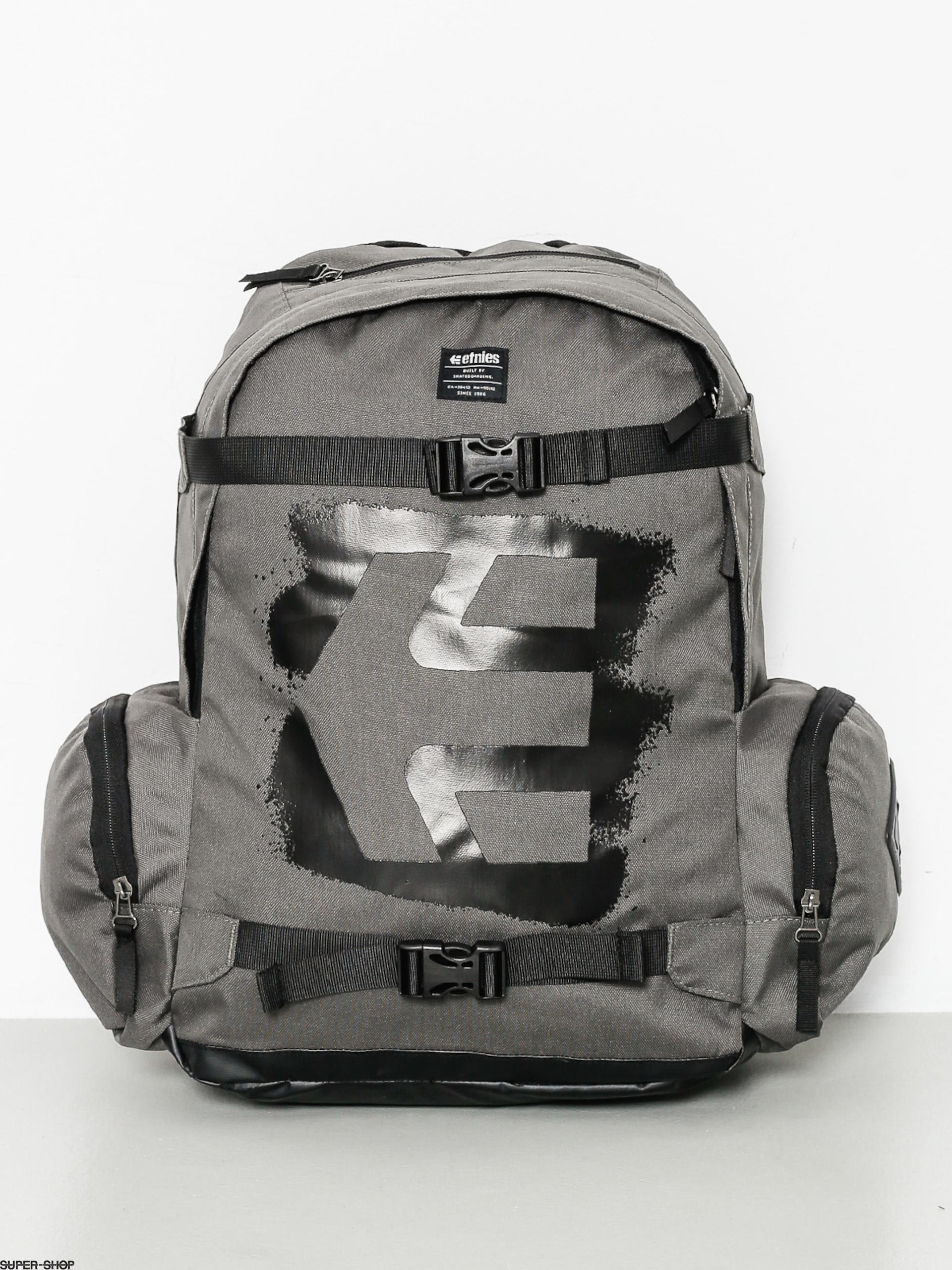b3e9cc163f975 940934-w1920-etnies-backpack-essential-skate-charcoal.jpg
