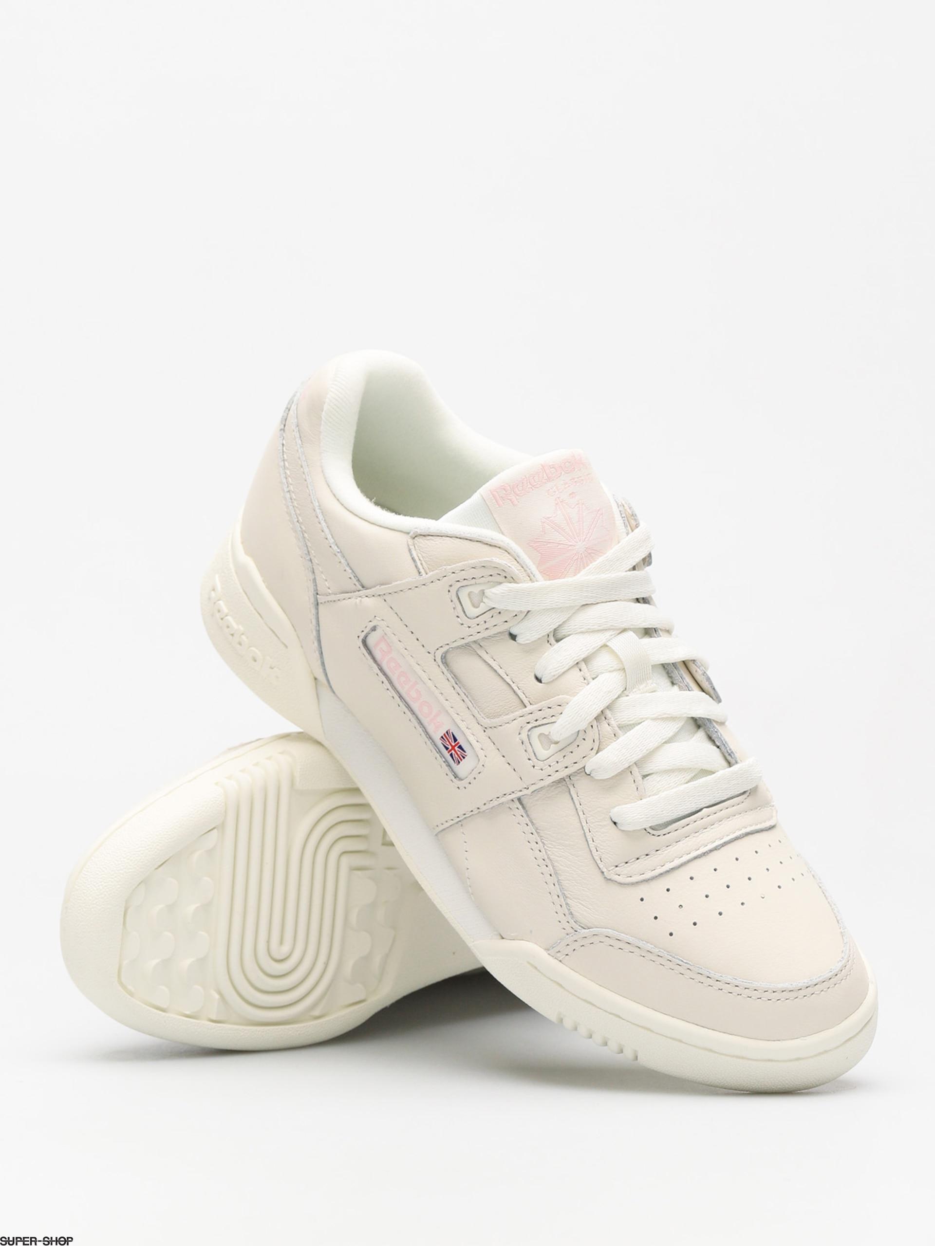 7b8173948e78 Reebok Shoes Workout Lo Plus Wmn (vintage white practical pink)