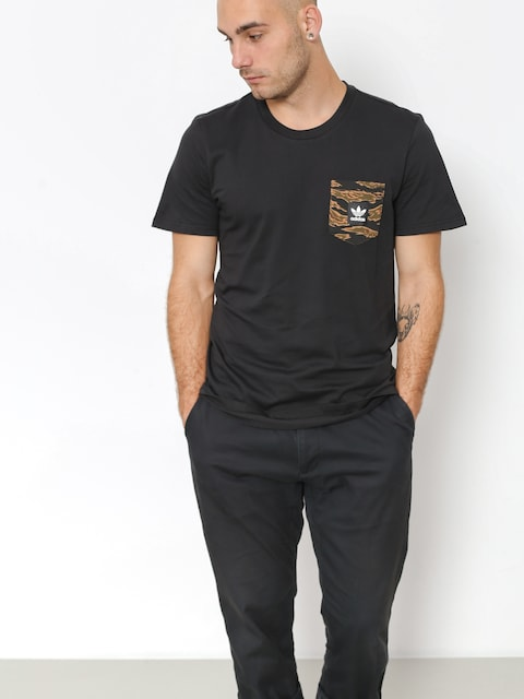 adidas T-shirt Cmo Pckt (black/camo print/collegiate orange)